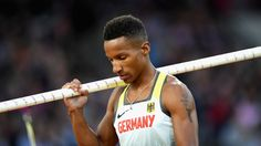 Raphael Holzdeppe scheitert beim Stabhochsprung-Finale bereits an der Anfangshöhe