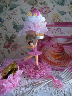 homemade cupcake stands | ... Ballerina Party Centerpiece