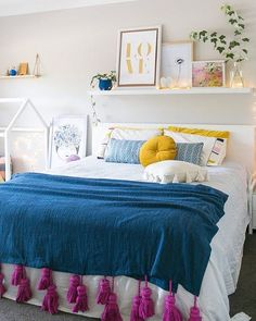 WEBSTA @ diycore - Bom dia semaninha mais curta  hoje uma inspiração de quarto super aconchegante!! www.diycore.com.br#amor #arte #arquitetura #blog #bedroom #quarto #cor #cama #casa #canal #cores #DIY #decor #design #decoraçao #decoração #decoracion #decoration #home #homedecor #homedecoration #instacool #instagood #instahome #instalove #instadecor