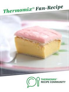 Recipe Vanilla Slice by makeitperfect, learn to make this recipe easily in your kitchen machine and discover other Thermomix recipes in Desserts & sweets. Bellini Recipe, Thermomix Desserts, Sweet Recipes, Yummy Recipes, Recipies, Sweet Tooth, Sweet Treats, Cooking Recipes, Cooking Stuff