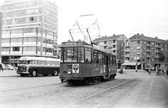 Van Gogh, Capelle aan de IJssel, bus op het Oostplein in Rotterdam