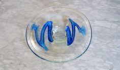 Kosta Boda Art Glass Platter by TREASUREETTE on Etsy https://www.etsy.com/ca/listing/527321792/kosta-boda-art-glass-platter