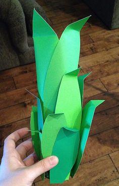DIY Pineapple Pinata Movie Basket Gift, Movie Gift, Hawaiian Luau Party, Hawaiian Theme, Pineapple Pinata, Happy 10th Birthday, Happy Birthdays, Harry Potter Christmas Tree, Fruit Birthday