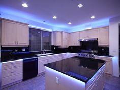 Smart Kitchen Lighting Ideas that Worth to Try - Sjoystudios Kitchen Under Cabinet Lighting, Kitchen Lighting, Home Lighting, Accent Lighting, Lighting Ideas, Cabinet Lights, Strip Lighting, Kitchen Room Design, Home Decor Kitchen