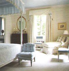 Albert Hadley Interior Design. Washington DC residence, guest room. Image Traditional Home Nov 2003