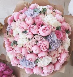 Good morning with beautiful flowers. #flowers #peonies #roses #goodmorning #fabfashionfix #beauty