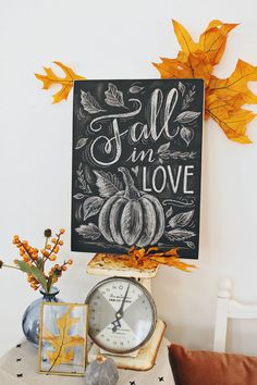 Chalkboard decorating for fall! Fall in Love Pumpkin and Leaves Chalk art design… Chalkboard decorating for fall! Fall in Love Pumpkin and Leaves Chalk art design by Valerie McKeehan of Lily & Val – Make yours at our upcoming Chalk Project Night Fall Chalkboard Art, Thanksgiving Chalkboard, Blackboard Art, Thanksgiving Art, Chalkboard Drawings, Chalkboard Lettering, Chalkboard Designs, Chalkboard Ideas, Halloween Chalkboard Art