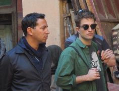 New picture of Robert Pattinson in Morocco