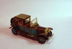 A Mini Vintage Rolls Royce Free Vehicle Paper Model Download