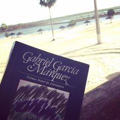 Cem anos de solidão. #gabrielgarciamarquez #cemanosdesolidao #aquafort #aquaforthotel #euinsisto #blogeuinsisto em breve #resenha #livro #leitura