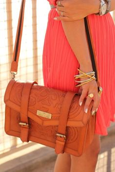 I must find this purse and call it mine!!!