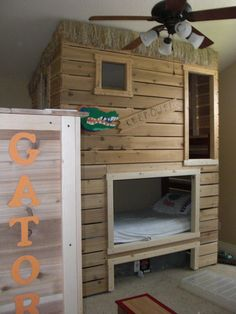 bunk bed fort..minus the gator stuff...if i could get my husband to do this it would be awesome!