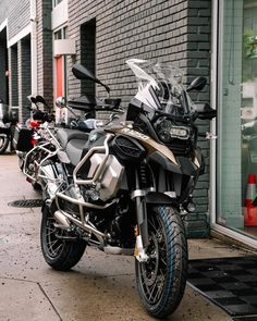 Instagram Motos Bmw, Bmw Motorbikes, Bmw Motorcycles, 1200 Gs Adventure, Bike Bmw, Bmw Wallpapers, Biker Gear, New Bmw, Hot Bikes