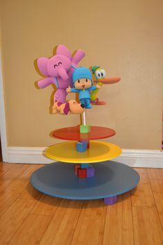 Pocoyo Cupcake stand
