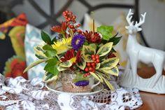 Easy Thanksgiving Ideas - Homejoy Teacup floral arrangement ~ love! www.homejoyblog.com