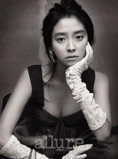 Song Ji Hyo for Allure Korea, December 2008