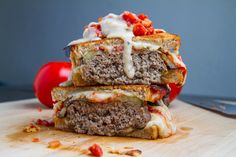 Moussaka Patty Melts Recipe : Patty melts inspired by the flavours of moussaka with spiced meat patties, grilled eggplant and a tasty tomato sauce. Thousand Island Dressing, My Burger, Good Burger, Moussaka, Patty Melt Recipe, Tapas, Grilled Eggplant, Wrap Recipes, Quick Recipes