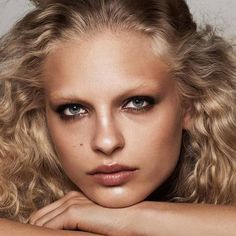 Serving face ️ Fierce Fred for H&M Beauty ❤️ @hm #FrederikkeSofie #HMbeauty  #beauty #makeup #hmmakeup #hmcampaign #curlygirl #lioness #servingface #curlsonfleek #girlswithcurls #hmmakeup #beautycampaign
