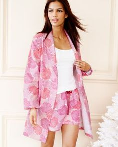 Garnet Hill Women s Flannel Robe in pink dahlia. Best Pajamas 93013808f