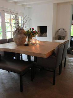mooie vierkante tafel van molitli