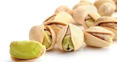 Según un estudio tomar 100 gramos de #pistachos al día favorece la renovación e hidratación de la piel. #salud