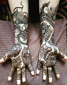 Dubai Mehendi Designs, Full Mehndi Designs, Khafif Mehndi Design, Floral Henna Designs, Latest Arabic Mehndi Designs, Dulhan Mehndi Designs, Wedding Mehndi Designs, Mehndi Design Pictures, Beautiful Henna Designs