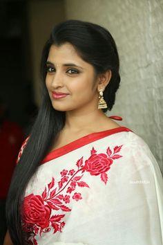Telugu TV Anchor Shyamala in White Saree Photoshoot 2015 (8) at Anchor Shyamala in Saree Photo Gallery  #AnchorShyamala