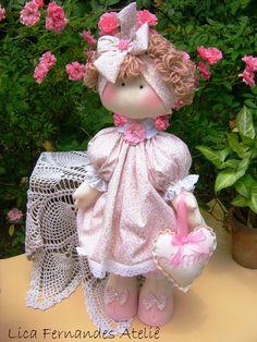 Boneca Russa tem em média 50 cm de altura.  Nome no coração a sua escolha.