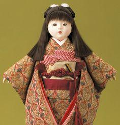 Ichimatsu doll.  http://nihon-no-ningyou.tumblr.com/post/53075339596/yet-another-ichimatsu-doll