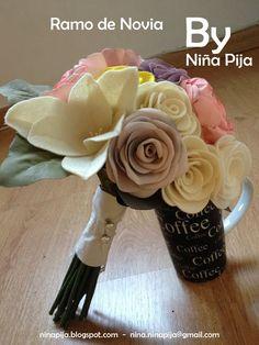 Ramo de novia, combinación fieltro y tela, estilo romántico.