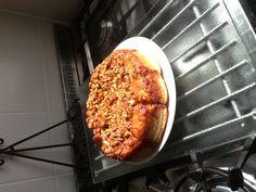 Breekbrood met gekaramelliseerde noten. Gebakken in een tarte tatinvorm. Recept uit Sweet Bakery deel 2. Van www.paulsbakery.nl