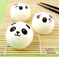 Buy Squishy Scented Panda Dim Sum Bun Phone Charm at Tofu Cute Japanese Gifts, Japanese Sweets, Cute Japanese, Panda Cupcakes, Cute Diys, Cute Crafts, Decor Crafts, Squishies, Crazy Hair Days