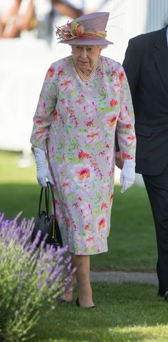 Queen Elizabeth II at the Cartier Queen's Cup polo tournament final at Guards Polo in Windsor Great Park, Berkshire. (Photo by Steve Parsons/PA Images via Getty Images) Queen Love, Save The Queen, Royal Queen, Prince Charles And Diana, Prince Philip, Cartier, Royal Fashion, Queen Fashion, Fashion Fashion