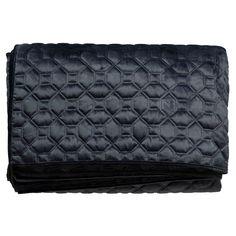 Sengeteppe Asta 250x250 cm Blå Polyester - Sengetepper - Rusta.com Chanel, Shoulder Bag, Wallet, Classic, Derby, Handmade Purses, Classical Music, Purses, Diy Wallet