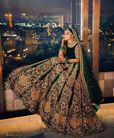 Trending Portraits for bride & groom wedding pictures Indian Bridal Outfits, Pakistani Wedding Outfits, Indian Designer Outfits, Indian Dresses, Wedding Hijab, Bouquet Wedding, Wedding Suits, Lehenga Choli Designs, Bridal Lehenga Choli