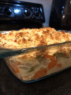 Whole30 Chicken Pot Pie - Lick Your Plate Healthy Chicken Pot Pie, Chicken Pot Pie Recipe Gluten Free, Whole30 Recipes Chicken, Recipes With Shredded Chicken, Whole 30 Chicken Recipes, Whole30 Dinner Recipes, Whole 30 Recipes, Whole30 Plan, Whole Food Recipes