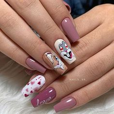 In search for cute Valentine's Day nail ideas to copy in You're in the right place! We have found 41 stunning designs that are easy to create. Nail Polish Dupes, Pink Nail Polish, Gel Polish, Uv Gel Nails, Diy Nails, Heart Nail Designs, Gold Nails, Black Nails, Light Pink Nails