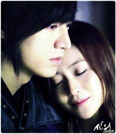 Lee Min Ho and Kim Hee Sun in Faith
