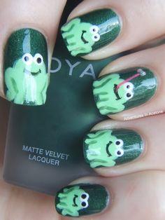 I NEED my nails done like this. haha