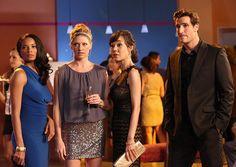 "Mistresses - Season 1 - ""Breaking and Entering"" - Rochelle Aytes, Jes ..."
