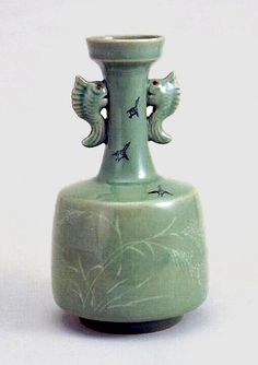 Goryeo's early celadon was influenced by the Chinese, Korean potters developed the borrowed art to a new and unique level.  The Koreans added graceful designs onto the surface of the ceramics by using the remarkable inlaying technique, an entirely Korean invention.