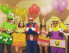 Halloween Costume. Mario Kart Group                                                                                                                                                                                 Más
