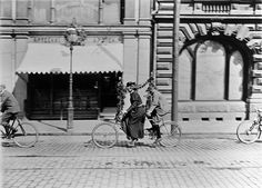 Tandempyöräilyä Pohjoisesplanadilla. - Finna - Helsingin... Helsinki, Time Travel, Finland, Mirror, History, Historia, Mirrors