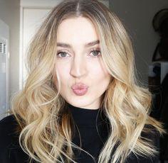 """Hair tutorial now live on my channel ❤️ link in bio! #bblogger #bbloggers #bloggersCA #YYC #yycbeauty #canadianblogger #allanaramaa #hair #hairtutorial"""