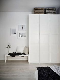 IKEA PAX wardrobe painted white instead of frosted glass Ikea Bedroom Furniture, Ikea Bedroom Storage, Ikea Storage, Bedroom Dressers, Closet Storage, Wardrobe Storage, Ikea Bedroom White, Storage Ideas, Bed Ikea