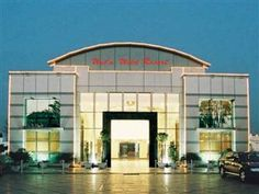New Delhi and NCR Wet n Wild Hotels & Resorts India, Asia Ideally located in the prime touristic area of Manesar, Wet n Wild Hotels & Resorts promises a relaxing and wonderful visit. Featuring a complete list of amenities, guests will find their stay at the property a comfortable one. All the necessary facilities, including 24-hour front desk, 24-hour room service, facilities for disabled guests, luggage storage, Wi-Fi in public areas, are at hand. Some of the well-appointed g...
