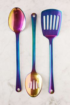 3-Piece Oil Slick Metallic Serving Utensil Set - Urban Outfitters