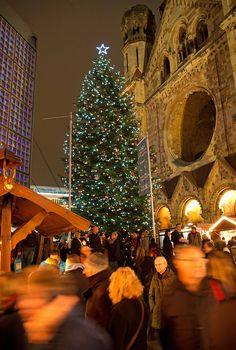 Weihnachtsbaum Gedächtniskirche Berlin | Breitscheidplatz im Winter 2016, 21 Décembre