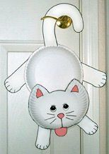 Cheap and Easy Cat Crafts kids can make. Great cat crafts for library programs and preschools. Cat crafts using paper, paper plates, boxes, and socks. Daycare Crafts, Cat Crafts, Animal Crafts, Preschool Crafts, Kids Crafts, Craft Projects, Arts And Crafts, Craft Kids, Paper Plate Art