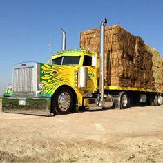 Cool Trucks, Big Trucks, Cool Cars, Large Truck, Road Train, Trucks And Girls, Peterbilt Trucks, Semi Trucks, Rigs